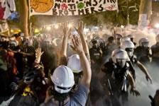 Brutale Räumung des Gezi-Parks