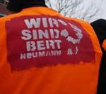 12. März: Zahltag vor dem Jobcenter in Forst
