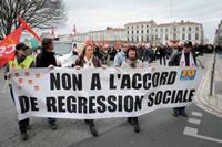 Sozialpartnerschaftliches Rahmenabkommen in Frankreich: Proteste am 5. März 2013