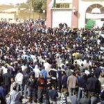 Algerien: Riesige Demonstration von Arbeitslosen aus verschiedenen Landesteilen in Ouargla