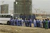 asiatische Bauarbeiter streiken beim grössten arabischen Bauunternehmen Arabtec