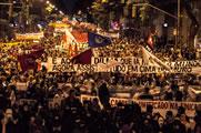 50.000 demonstrieren Solidarität mit streikenden LehrerInnen in Rio