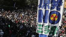Grossdemonstration in Tokio gegen Atompolitik am 8. März 2014