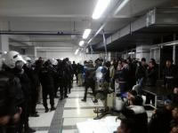 Polizei stürmt Greif-Besetzung -  nach Gewerkschaftsdeal?