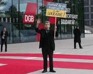 """Gauck-Darsteller beim Bundeskongress DGB: """"Freiheit für die Bundeswehr – in der Ukraine"""""""