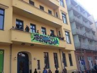 Grünen-Zentrale in Berlin [kurzfristig] besetzt!