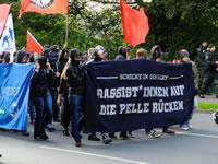 Duisburg: 200 Antirassisten demonstrieren gegen Neumühl