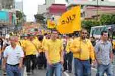 Neuer Hafenstreik an Costa Ricas Atlantikküste – Polizei eskortiert Streibrecher