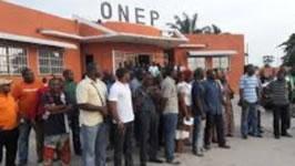 Streik der Ölarbeiter und ihrer Gewerkschaft ONEP (Organisation Nationale des Employés du Pétrole)