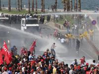 Türlkische Polizeigewerkschaft in Aktion
