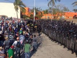 Demonstration der Lehrergewerkschaft in Acapulco