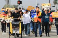 Gewerkschaftssolidarität mit streikenden Ölarbeitern