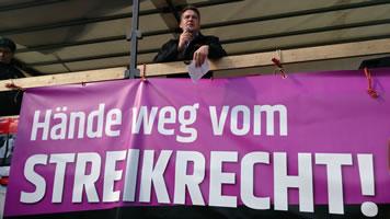 Rede des stellvertretenden Bundesvorsitzenden der GDL Norbert Quitter bei der Frankfurter Demonstration gegen die Tarifeinheitspläne