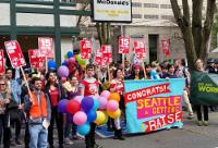Aktivisten kontrollieren Mindestlohn in Seattle
