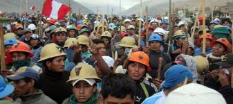 Streikende Bergleute Lima Mai 2015
