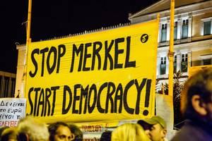 Demo in Athen gegen Merkel 2014