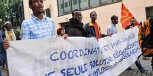 Arbeiter ohne Papiere demonstrierern in Brüssel im Juni 2015