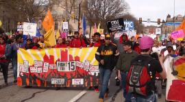 Mindestlohndemo in Pittsburgh im April 2015 am internatinalen Kampftag