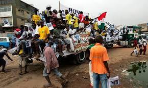 Solidaritätsdemo mit den Buch-Club Verhafteten in Luanda-Angola Ende Juni 2015