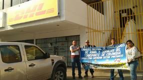 Protest gegen die gewerkschaftsfeindlichkeit von DHL auch in Kolumbien - im Juli 2015