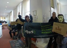 Besetzung von Triage in Dundee durch das Erwerbslosennetzwerk Schottlands am 15. Juli 2015