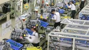 Sogenannte einfache Montagearbeiten - auch in Japan von den Unternehmen oft mit Mindestlohn bezahlt - obwohl für 2015 nur ein bisschen erhöht gibt es keine Zeichen gewerkschaftlicher Aktion