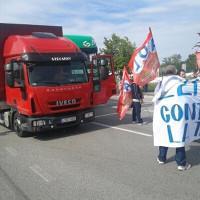 Streik von ADL Cobas bei italienischer Logistik-Kooperative im Mai 2015