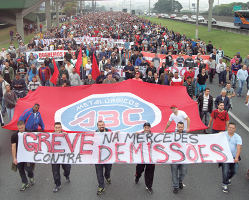 Demonstration Daimler Sao Bernardo am 27. August 2015 gegen die Entlassungen durch Mercedes