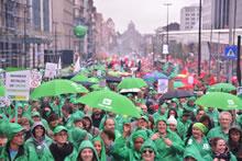 7.10.2015: 100.000 Demonstranten aus allen Teilen Belgiens nehmen an »Nationaler Manifestation« gegen Kürzungspolitik teil