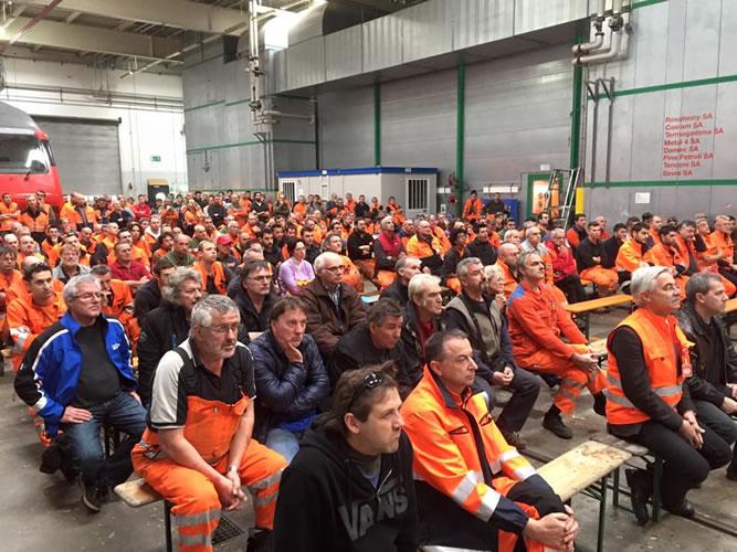 Arbeiterversammlung in der Officina Bellinzona  am 03.11.15