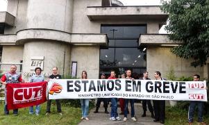 Streikende Ölarbeiter in Brasilien am 3.11.2015