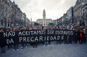 Die Unflexiblen Prekären in Porto gegen die bisherige Rechtsregierung am 7.11.2015