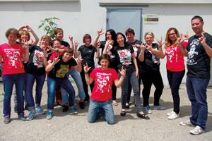 T-Shirts von dna merch werden in einer selbstverwalteten und genossenschaftlich organisierten Arbeiterinnen-Kooperative in Kroatien genäht