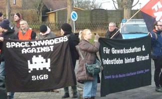 Solidaritäts-Kundgebung am 5. Dezember 2015 mit dem Hungerstreik für Mindestlohn in der JVA Butzbach, Foto von Ursula Wöll