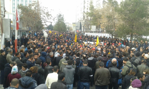 Gewerkschaftliche Antikriegsdemo Diyarbakir 28.12.2015