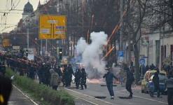 Leipzig, 12.12.2015: Polizeiübergriffe auf Protest gegen nazi-Aufmarsch