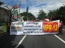 Widerstand gegen Goldbergbau: El Salvador, Dezember 2015