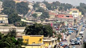 Verkehrschaos in Luanda 24.12.2015 - der Busstreik geht weiter
