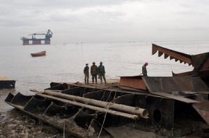 Todesjob Schiffe abwracken in Chittagong 2015