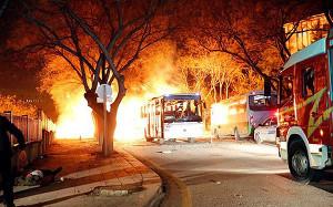 Anschlag auf Militärkonvoi in Ankara: 17. Februar 2016 (sendika.org)