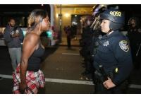 November 2014 - Proteste in Ferguson nach Polizeimord: Der Täter war als Rassist dokumentiert