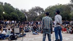Gemeinsame Demonstration der Hondabelegschaft und der Studenten der Nehru Universität in Delhi am 19.2.2016