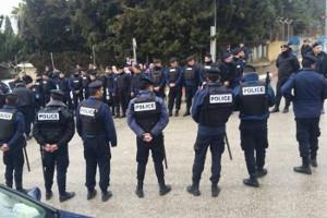 Polizei organisiert Kessel gegen streikende Lehrer im Westjordanland am 20.2.2016