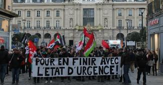 """""""Für ein Ende mit dem Notstandsregime"""" - Frankreich, Jan/Feb 2016"""