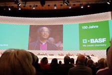 Pressekonferenz mit Bischof Seoka zu BASF und das Massaker von Marikana: BASF-Aktionärsversammlung am 29. April in Mannheim