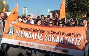 Aktivist*innen von Sendika.org auf der Friedenskundgebung am 10. Oktober 2015 in Ankara - eine Viertelstunde vor der Detonation zweier Bomben