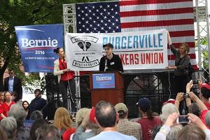 Gründungskundgebung der Betriebsgewerkschaft Burgerville in Portland am 16.4.2016