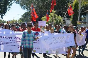 Maidemonstration 2016 in Dili, Osttimor für höheren Mindestlohn