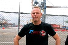 Niek Stam ist Nationaler Sekretär der Hafenarbeitersektion der niederländischen Gewerkschaft FNV Bondgenoten