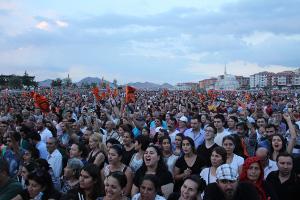 Zehntausende für Demokratie und Laizismus: Ankara, 28. August 2016 (sendika.org)